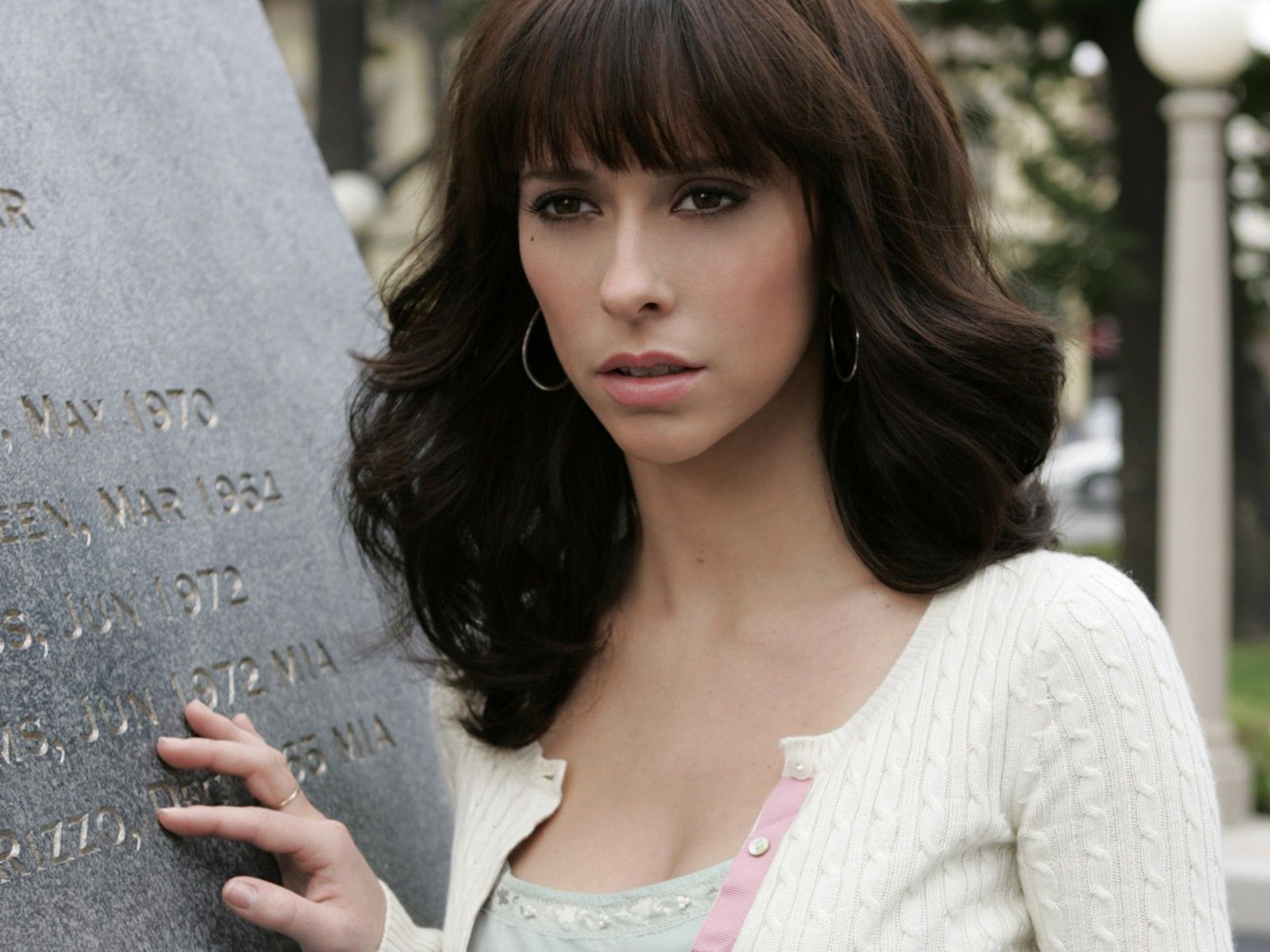 Jennifer-Love-Hewitt-3
